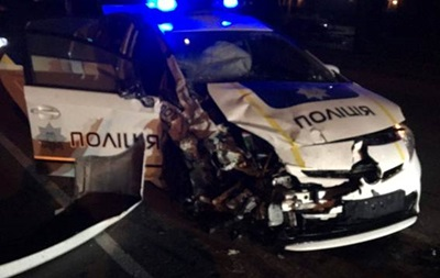В Хмельницком в ДТП с полицией погиб таксист