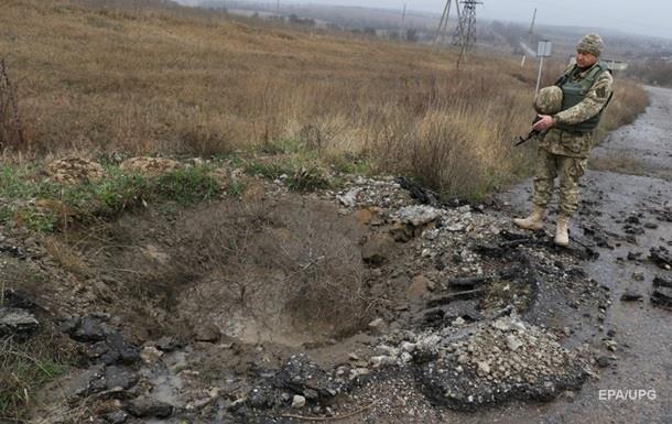 За сутки на Донбассе было 37 обстрелов — штаб