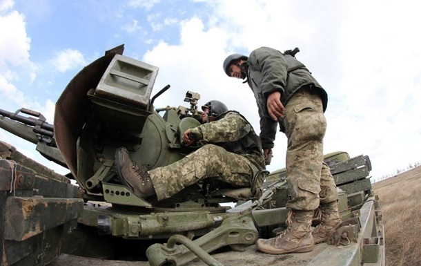 Сутки в АТО: Трое бойцов ВСУ получили ранения