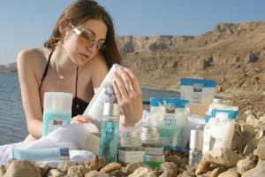 5 косметических продуктов для безупречной кожи лица из Израиля