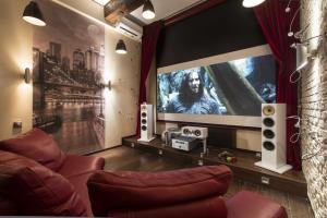 Современное чудо техники — домашний кинотеатр