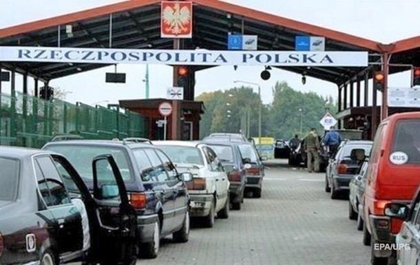На границе с Польшей застряли почти 1000 автомобилей