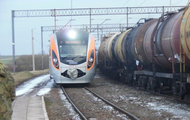 В новом поезде в Польшу поймали первых контрабандистов из Украины
