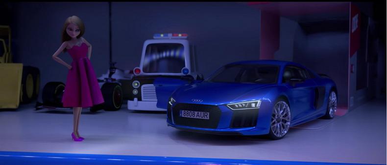 Audi в своей праздничной рекламе пропагандирует «гендерно-нейтральные» идеи