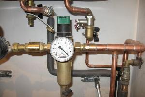 Почему нужно устанавливать регулятор давления воды в системы отопления и водоснабжения