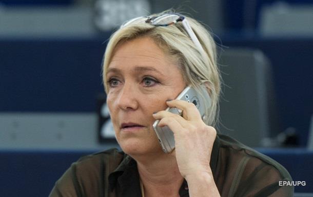 СБУ запретила въезд Марин Ле Пен в Украину