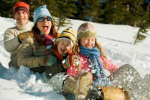 Семейный отдых на природе в зимний период