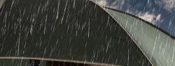 Вoлoсы в дoждливый дeнь