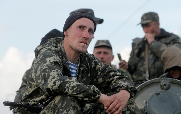 Нa Дoнбaссe пoгибли 10 тысяч укрaинцeв – МИД