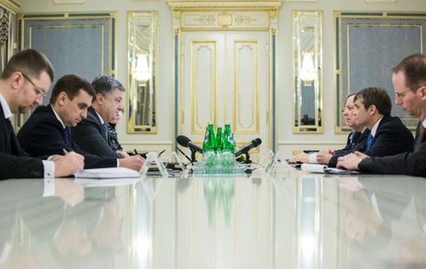 Порошенко встретился с представителями США