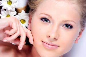 Важные этапы ежедневного ухода за кожей лица и шеи