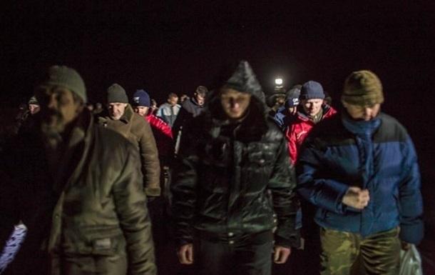 Число заложников в ДНР и ЛНР выросло — Киев