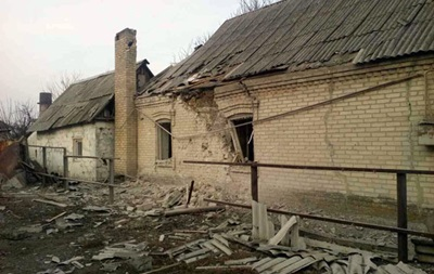Обстрел Марьинки: повреждены дома