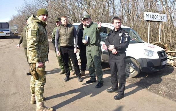 Полиция объявила о перекрытии всех дорог к ЛДНР