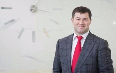 Апелляционный суд вернул Насирову паспорта