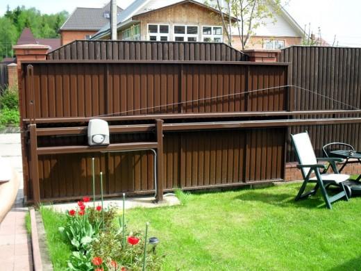 Конструкция откатных консольных ворот