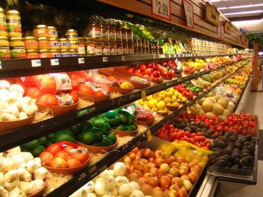 В мире производится вдвое больше еды, чем нужно