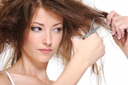 Почему секутся волосы и что с этим делать?