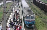 В пригородных поездах Киевщины добавили вагонов