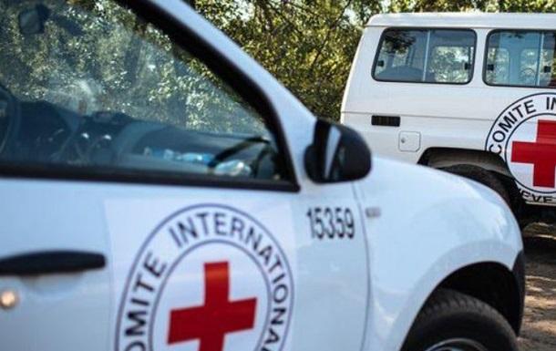 На Донбассе обстреляли сотрудников Красного креста