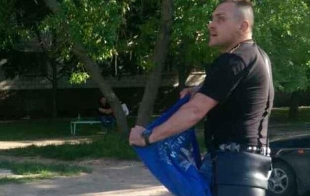 В Одесской области раздели мужчину в футболке с Путиным