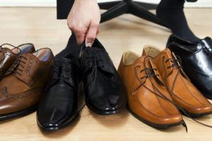 Руководство по выбору цвета мужской обуви