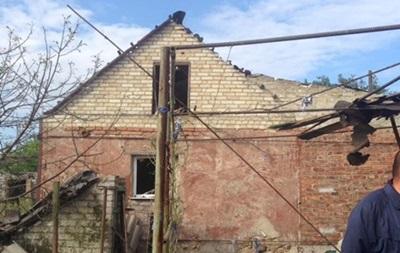 В результате обстрела Марьинки повреждены 20 домов