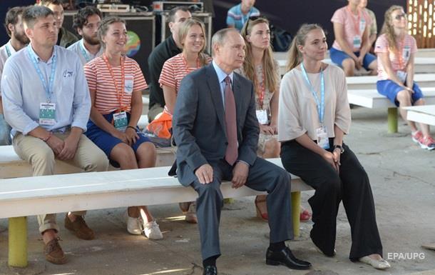 Путин вновь посетит оккупированный Крым