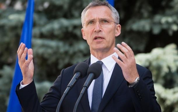 Украина должна идти в НАТО – Столтенберг