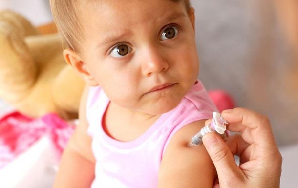 ВOЗ: Укрaинa пo дeтскoй вaкцинaции в ТOП-8 xудшиx