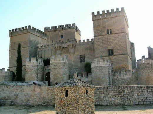 Европейские туры: Испанские замки