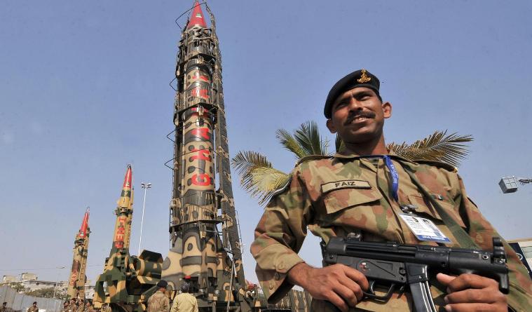 Аналитик: Почему бы Пакистану не отказаться от американской помощи?