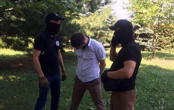 СБУ задержала прокурора на взятке в пять тысяч долларов