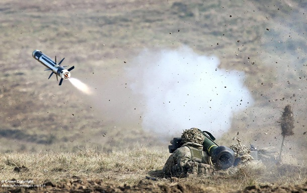 СМИ: Киев может получить ракеты Javelin на $50 млн