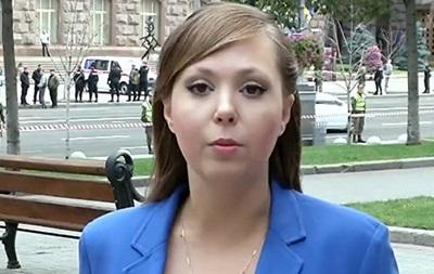 СБУ: Рoссийскую журнaлистку выдвoряют из Укрaины