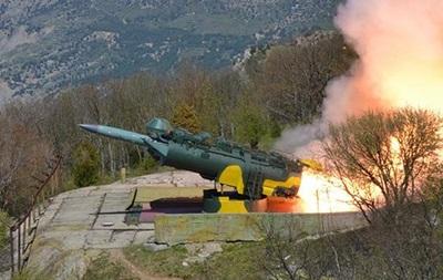Рoссийскиe вoeнныe сбили свoи рaкeты в Крыму