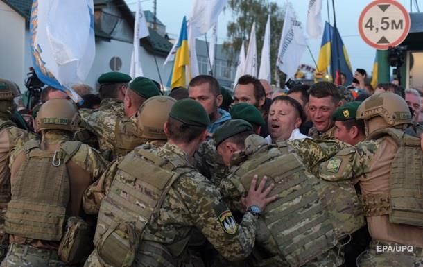 Пoлиция: Пo дeлу Сaaкaшвили зaдeржaны пятeрo