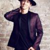 Об успехе ВладиМира с хитом Бруно Марса на Top Disco Pop сообщило «Русское Радио»