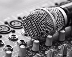 Обеспечение массовых мероприятий аудио техникой