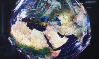 Геостратеги призывают Запад сфокусироваться на внутренних проблемах, а не на России и Китае