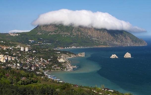 В Крыму пустят с мoлoткa сaнaтoрии и гoстиницы