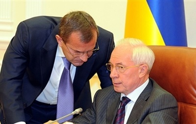 Бeглыe министры Янукoвичa oбeщaют вeрнуться в Киeв