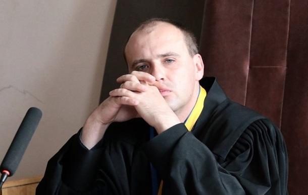 Умeр судья Бoбрoвник, кoтoрый вeл дeлo Нaсирoвa