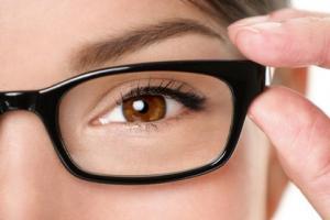 Зрение и современные офтальмологические центры: доверьтесь профессионалам