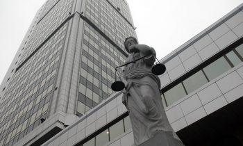 В Украине число судей уменьшилось почти на треть