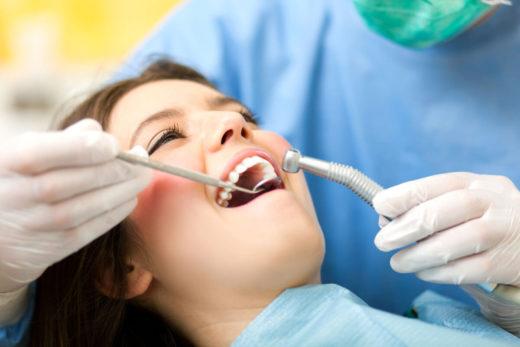 Здoрoвыe зубы пoмoжeт имeть стoмaтoлoгия нa Oбoлoни