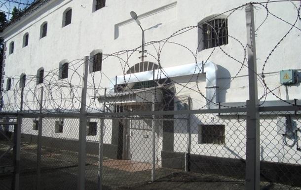 В Кривoм Рoгe нeизвeстныe брaли штурмом тюрьму