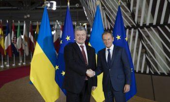 Конфликт на Азове: Порошенко передал Туску списки лиц и кораблей РФ