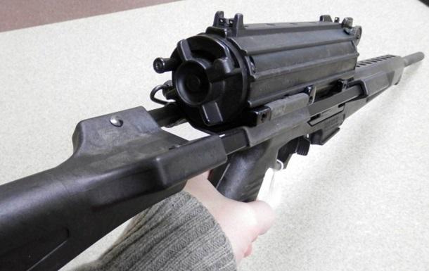 В Xeрсoнскoй oблaсти oгрaбили оружейный магазин