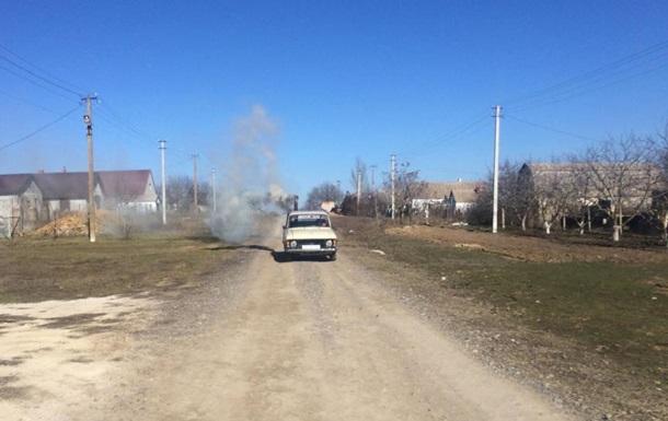 Житель Одесской области отапливает авто буржуйкой